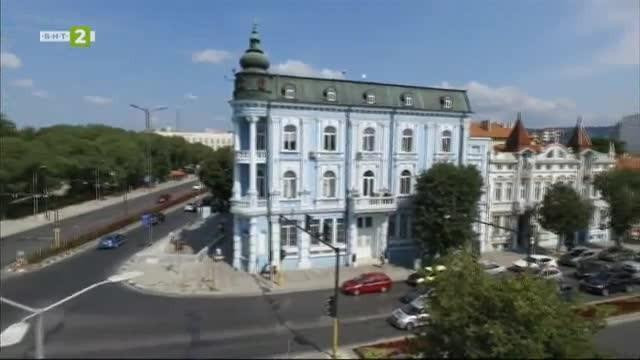Централната поща във Варна