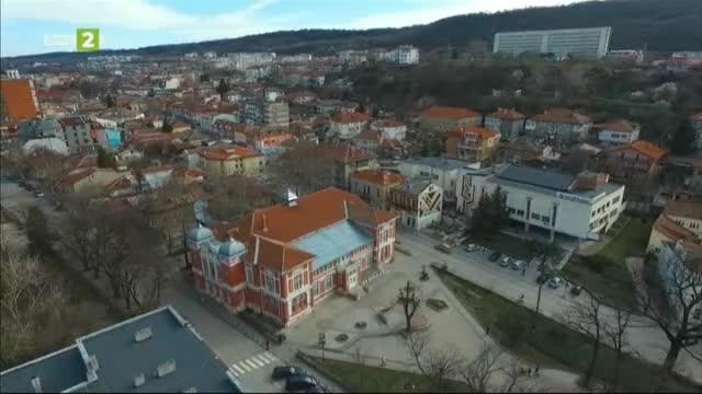 Сградата на първото българско читалище в гр. Свищов