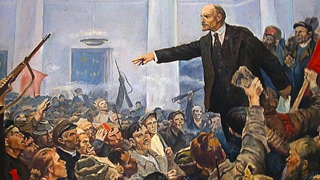 Октомврийската революция и България