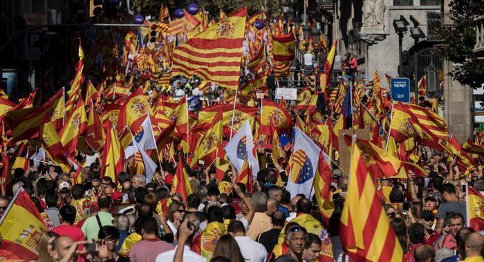 Барселона се готви за митинг в защита на Испания