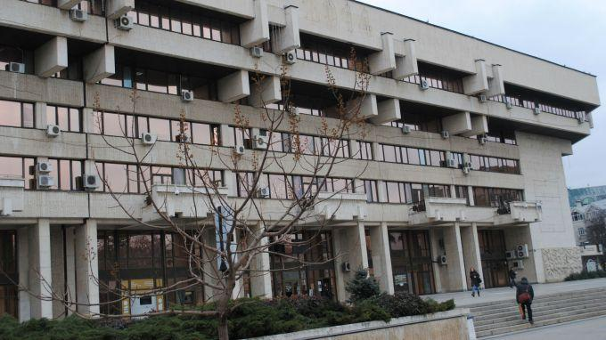 Община Русе остана без кмет заради коронавируса