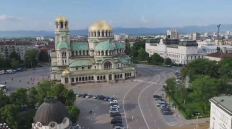 Ново задание за ремонт на площад Св. Александър Невски