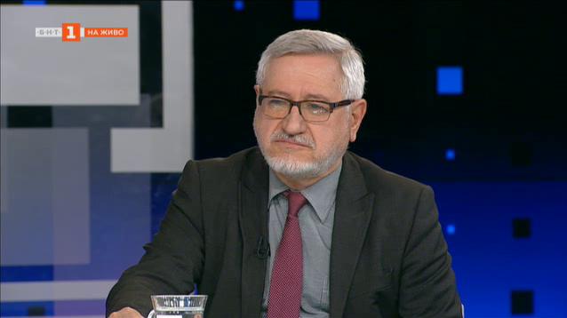 Проф. Димитров: Имаме сериозни разминавания в глобалната оценка за учебниците