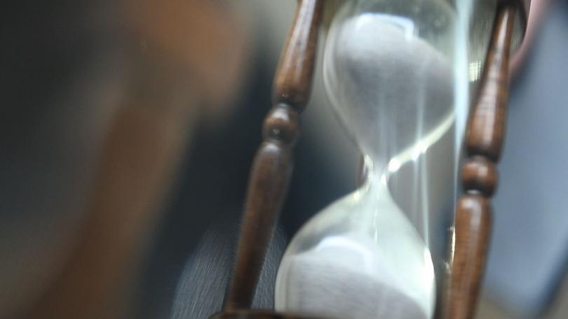 """снимка 3 """"Времето струва пари"""