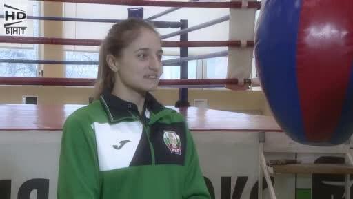 Аз съм... Еми - Мари Тодорова