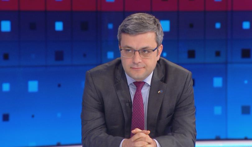 Биков: За пръв път в последните 30 г. държавата действа толкова радикално