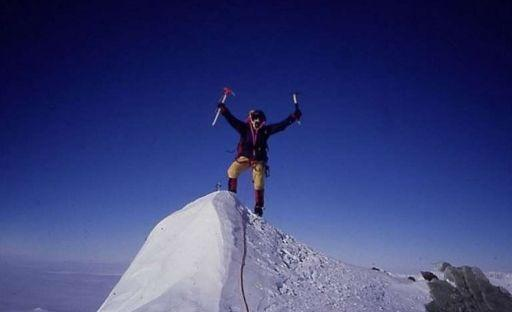 Беър Грилс - човекът се изправя срещу Еверест