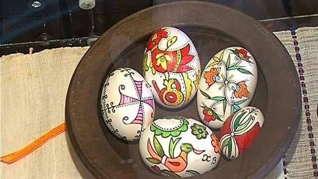 Изложба на писани яйца и кене в етнографския музей в Пловдив
