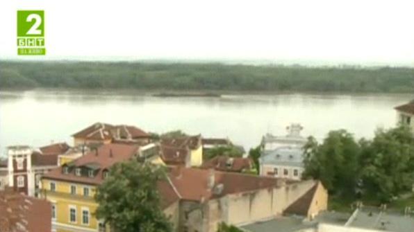 Високото ниво на река Дунав създава проблеми на корабоплаването