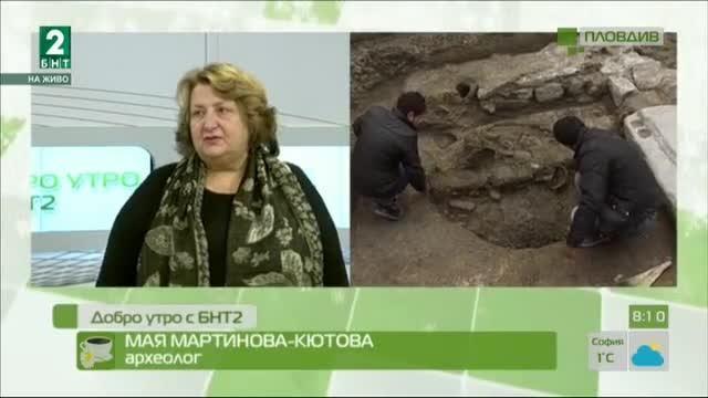 """Антични зидове и глинени съдове се появиха при ремонта на ул. """"Отец Паисий"""""""