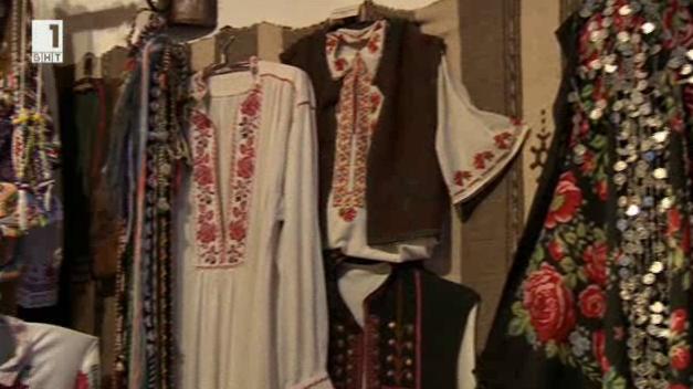 Традиционната българска носия от Трявна