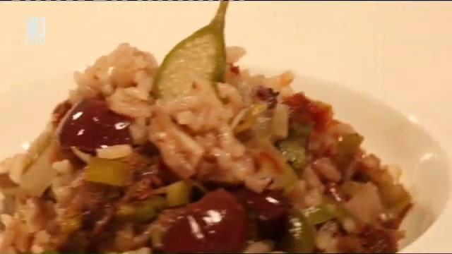 Ориз на фурна с праз и маслини