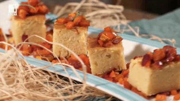 Царевичен хляб с червени чушки