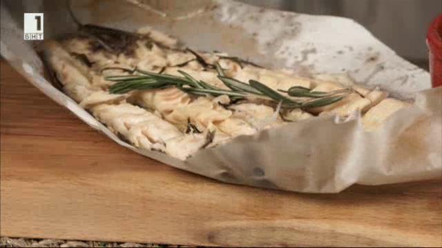Суфле от грах с риба в пергамент