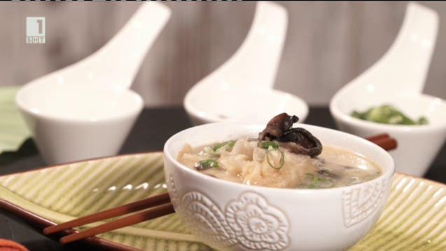 Пилешка супа с китайски гъби