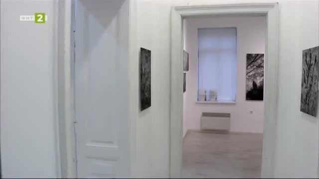 Изложба на гръцкия фотограф Джон Демос в галерия Синтезис
