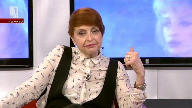Камелия Тодорова подготвя Нощи в бял сатен