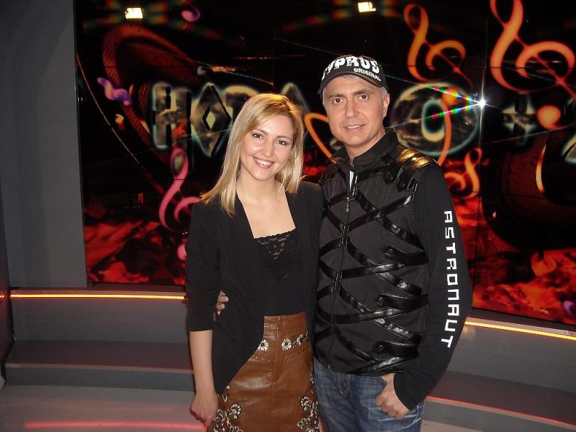 Певицата Натали Ангелова и дуото Мартина и Коцето Калки в Ново 10 + 2