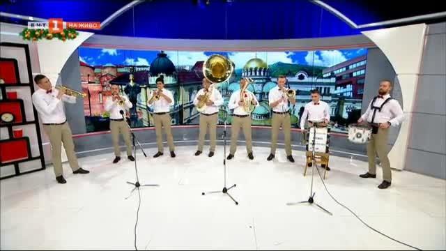 Настроение с Виво Монтана - музикантите от формацията в студиото на БНТ