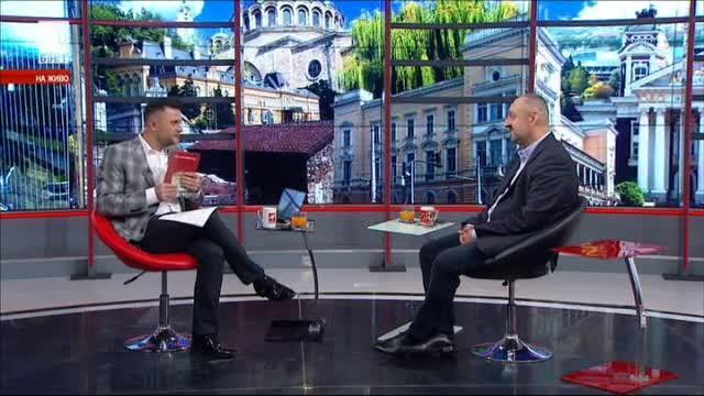 Ясен Тодоров: Футболът е обществен феномен и съвременен заместител на войните