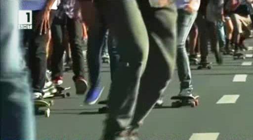 Парад на скейтбордисти в Манила