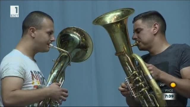 Денят на оркестъра: Етрополската музика