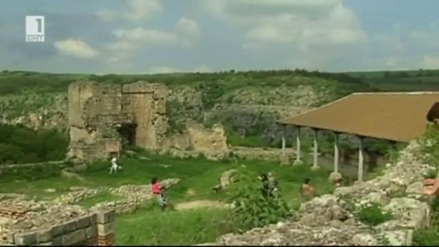 Възстановки на боен стан и панаир от времето на Второто българско царство в гр. Червен