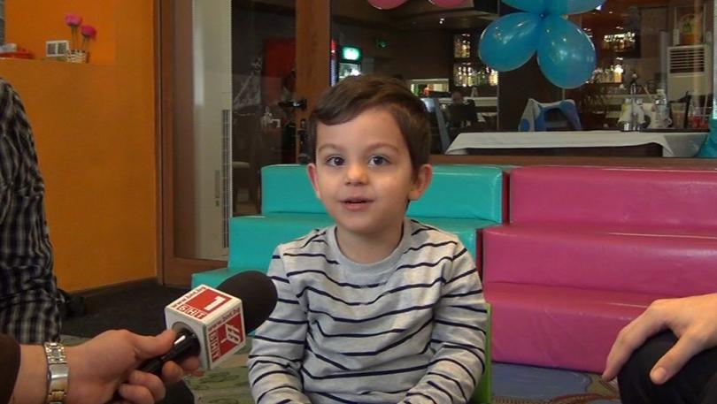 2-годишно дете от Сливен успешно брои на 11 езика