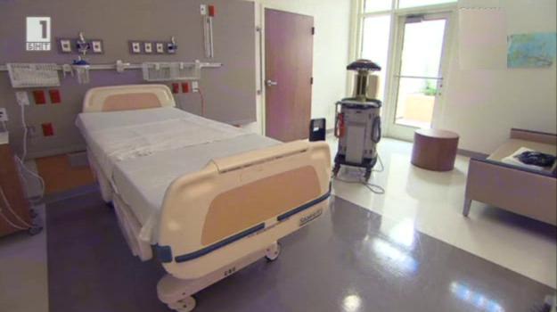 Робот помага в превенцията на ебола