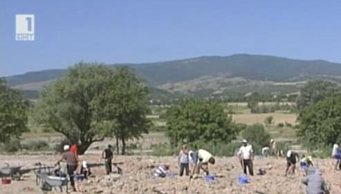 Археолози искат удължаване на разкопките по АМ Струма