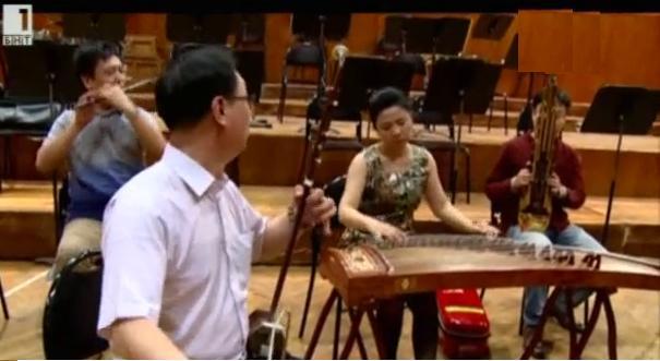 Оркестъра на Забранения град свири на сцената на Античния театър