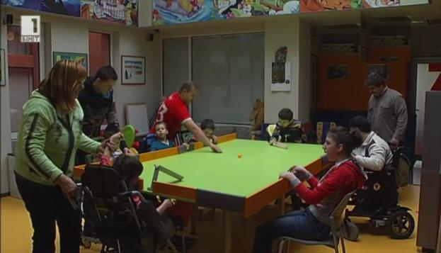 Крикетът помага на деца с увреждания