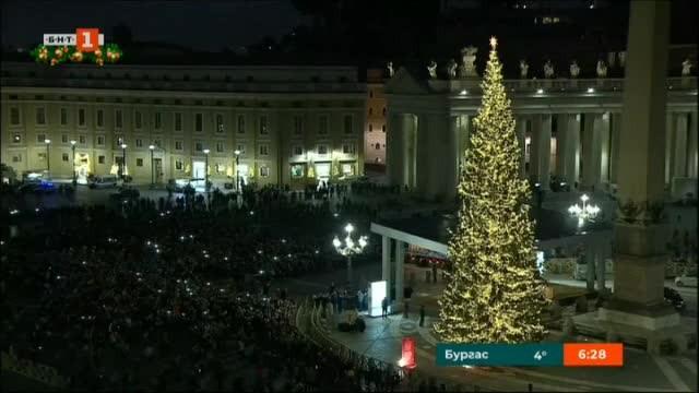 Най-голямото и най-скъпото коледно дърво в Европа
