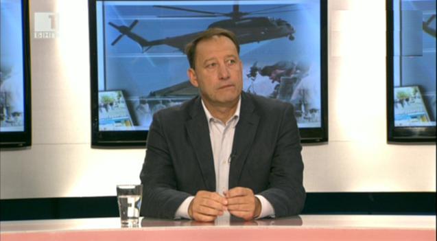 Военният министър Ангел Найденов