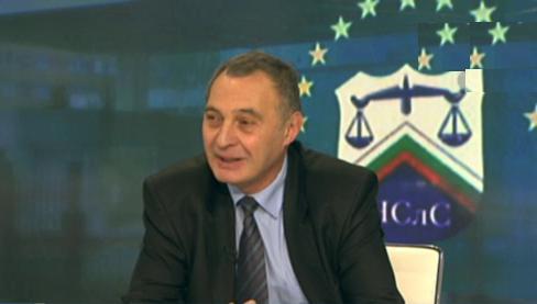 Евгени Диков: Няма регламент за работата на следователите от НСлС