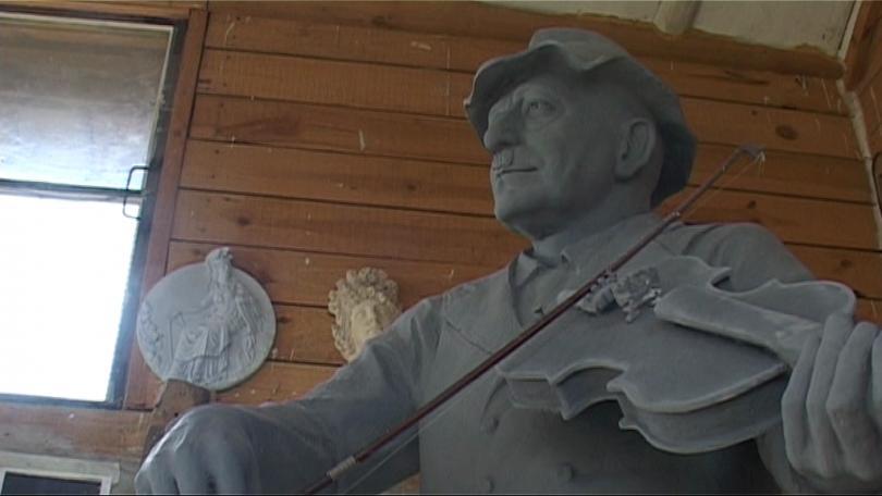 Паметникът на Тодор Колев е почти готов