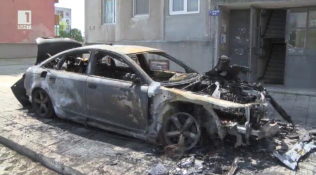 Подпалиха 5 автомобила в района на Хасково
