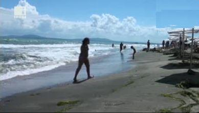 За и против монокините на плажа