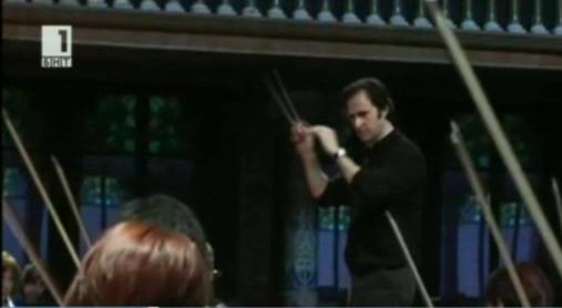Маестро Давид Хименес дирижира Софийската филхармония