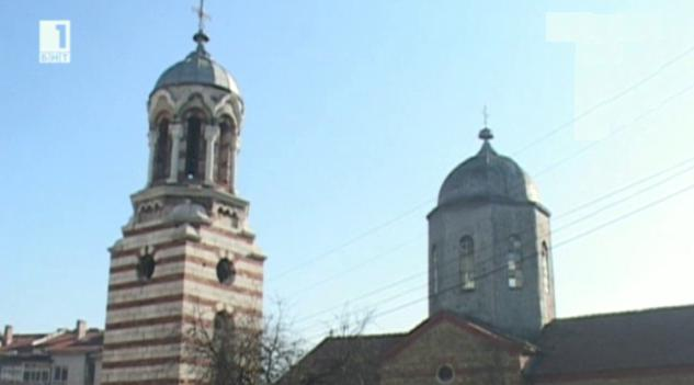 Уникална църква се руши в Горна Оряховица