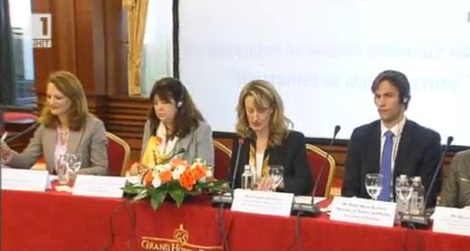 Законът и ние: Министър Зинаида Златанова и международната конференция на високо равнище Интегритет на магистратите