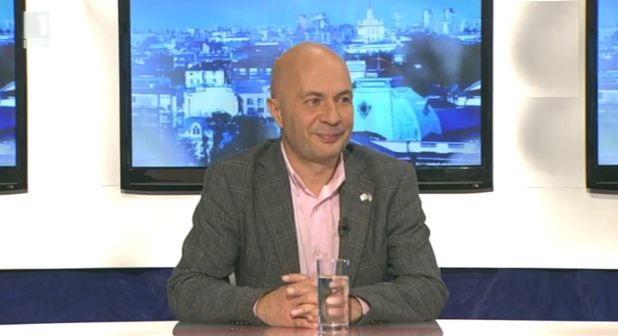 Казусът Цветан Василев
