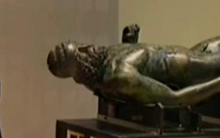 Статуите от Риаче се завърнаха у дома
