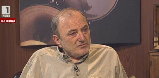 Анализът на д-р Михайлов за изминалия политически сезон