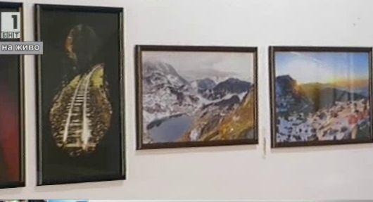 Изложба Погледи