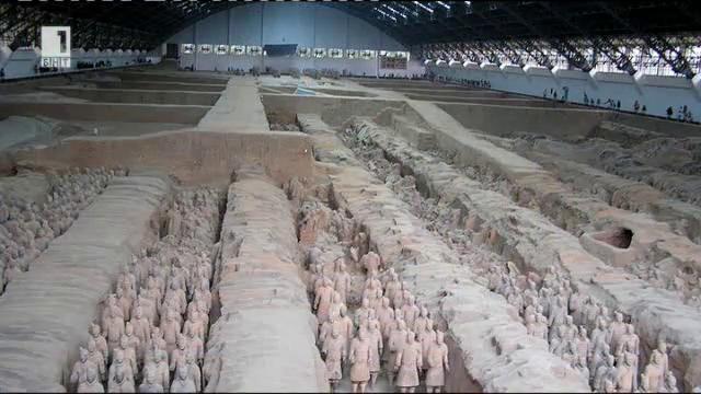 Изложба Китайска статуя във Велико Търново
