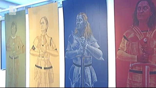 Изложба Жените на ръб-а в галерия Мисията