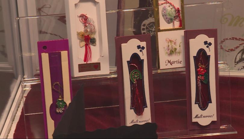 Етнографи подредиха паралелни изложби на мартеници в Русе и Гюргево
