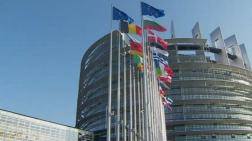 На живо от Страсбург: Как българските евродепутати прочетоха европейския доклад