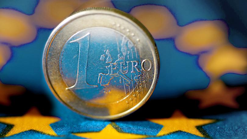 България и еврото - еврокомисарят Валдис Домбровскис